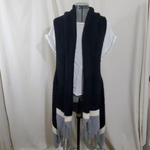 DAVID AND YOUNG Black Sleeveless Vest Size  OS